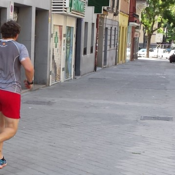 https://lemurdiabetico.wordpress.com/2015/06/07/sesion-de-jogging/