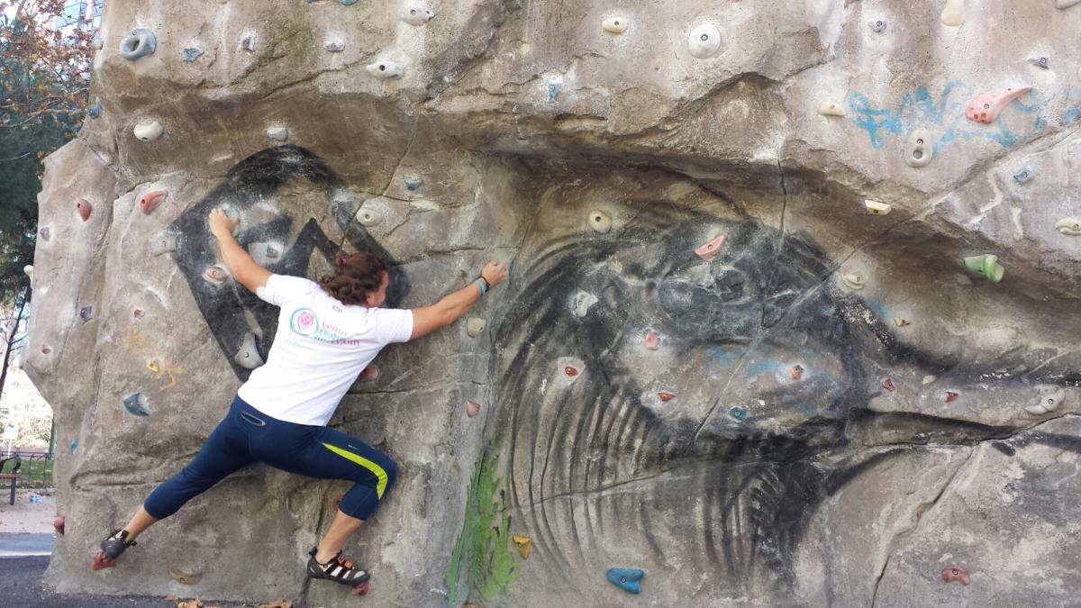 Sesión de escalada enrocódromo